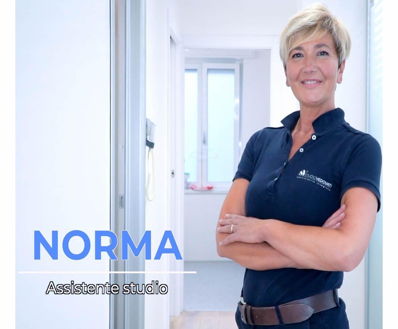 https://www.studiovedovati.dental/wp-content/uploads/2021/01/norma-assistente-studio.jpg